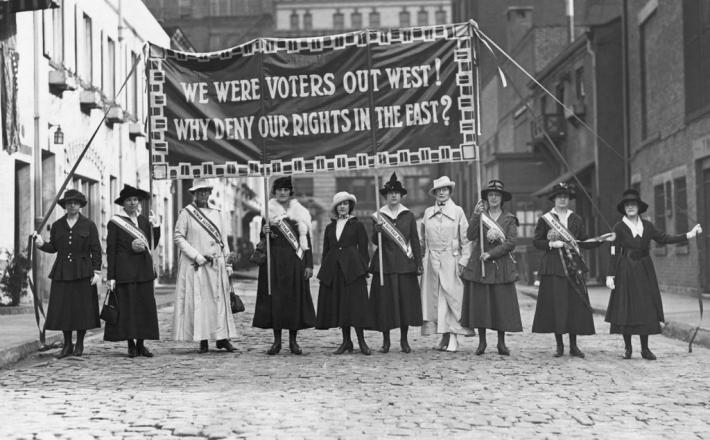a discussion on womens right to vote On women's rights to vote susan b anthony claim women should have equal right as men analysis in this speech, susan b anthony claims that women should have equal rights as men.