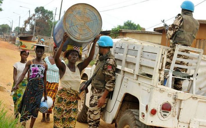 Officier de l'ONUCI à Duékoué, une ville  à l'ouest de la Côte d'Ivoire-Photo ONU