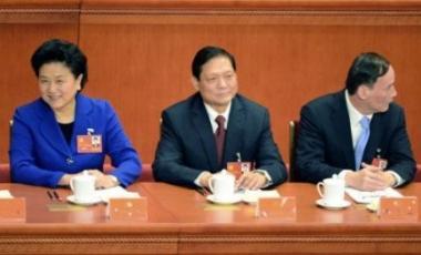 Chine: la politique reste une affaire d'hommes. Article et photo publiés par AFP dans Le Point.fr, le 12/11/2012