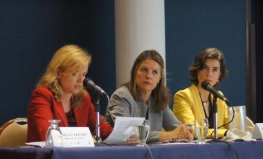 La delegada de la Embajada de Suecia, Emma Nilenfors; la directora de País del PNUD, Silvia Rucks   y la  representante de ONU Mujeres en Colombia, Belén Sanz.   Foto Andrés Bernal/PNUD Colombia