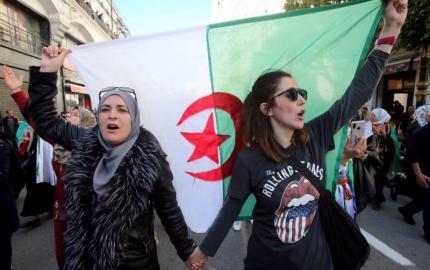 التشريع إنجاز سياسي هام للمرأة الجزائرية