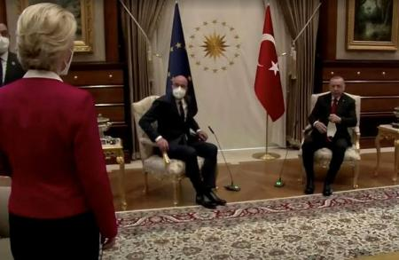 European Commission president Ursula von der Leyen stands as European Council president Charles Michel, centre, and Turkish president Tayyip Erdogan take seats in Ankara © via REUTERS