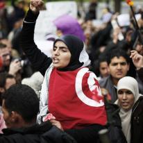 Une Tunisienne manifeste pendant le Printemps Arabe